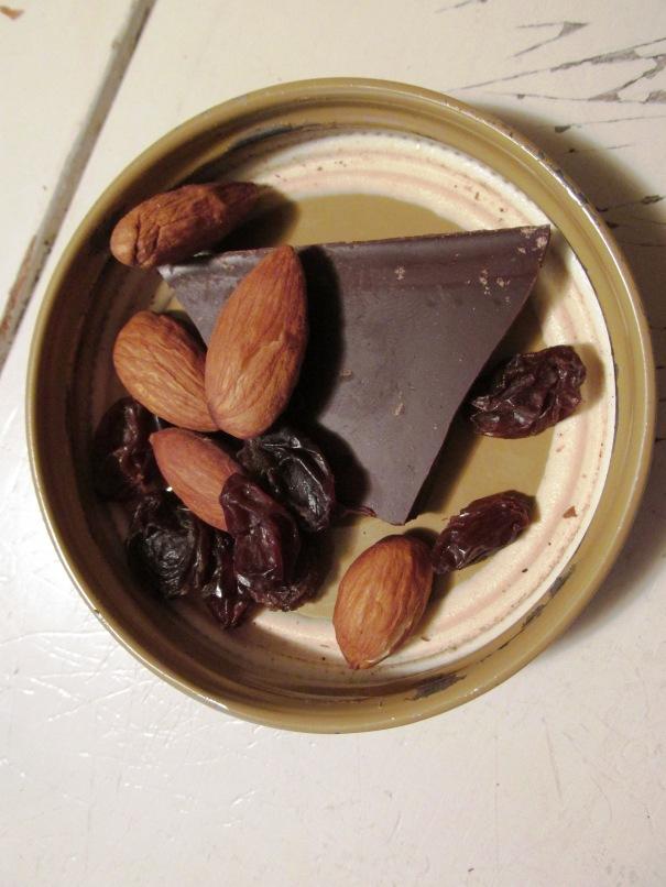 jar lid chocolate
