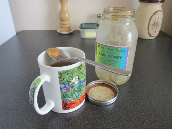 cuppa with final precious honey dregs